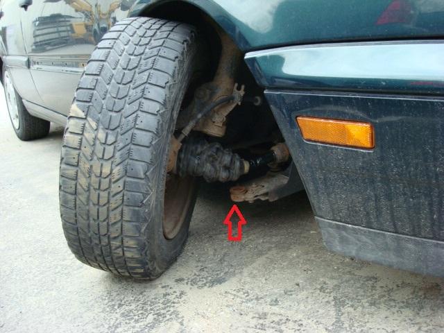 Broken Ball Joint on 2001 Volvo S40 Engine