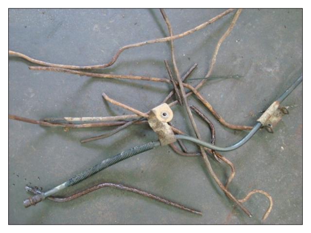 Nice pile of rusty brake lines!
